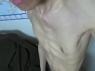 Skinny naked man with visible apex heartbeat