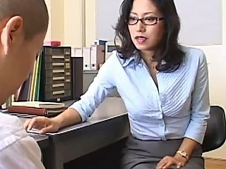 ?MDYD-497?Students Fough Fuck MILF Teacher