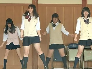 japanese mini skirt girls dancing